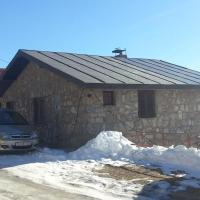 Hotelbilleder: Ilievski Holiday Home, Tetovo