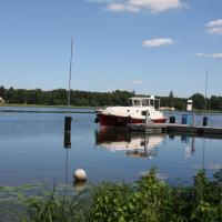 Hotel Pictures: River Boating Holidays, Fürstenberg-Havel