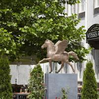 Hotel Pictures: Hotel Weisses Ross, Memmingen