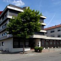 Hotel Pictures: Hotel Krone, Steinenbronn