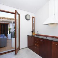 Two-Bedroom Apartment with Terrace - Monjas 6