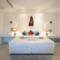 One-Bedroom Suite with Private Pool and Garden View