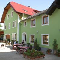 Hotel Pictures: Biohof Deml, Rutzenmoos