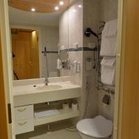 Single Room with Spa Access