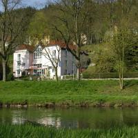 Hotel Pictures: AltstadtHotel an der Werra, Meiningen