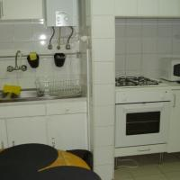 Four-Bedroom Apartment - Rua da Atalaia, 129
