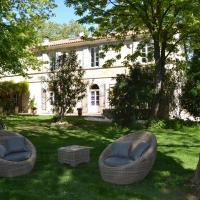 Hotel Pictures: Mas de Capelou B&B, Avignon