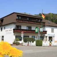 Hotelbilleder: Gasthof Zur Traube, Finkenbach