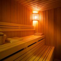 Large Apartment with Private Sauna