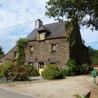 Hotel Pictures: Relais de Chasse du XVIII Siècle, Les Fougerêts