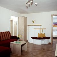 Deluxe Two-Bedroom Apartment with Balcony or Terrace