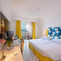 Standard Double Room with Sea View and Balcony