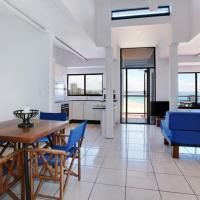 Two-Bedroom with Beachfront View - Rooftop