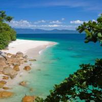 Hotel Pictures: Fitzroy Island Resort, Fitzroy Island
