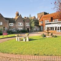 Hotel Pictures: Mercure Letchworth Hall Hotel, Letchworth