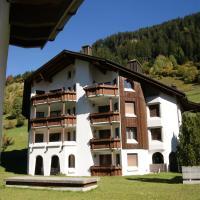 Hotel Pictures: Cadras, Tinzen