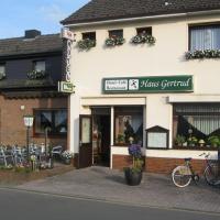 Hotel Pictures: Hotel Restaurant Haus Gertrud, Simmerath