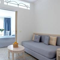 Family Room with Balcony (2 Adults + 2 Children)