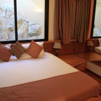 Superior Suite with Marina and Sea View