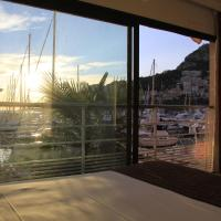 Suite with Marina and Sea View