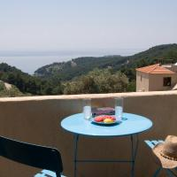 Two-Bedroom Villa - Split Level with Private Pool 4 Adults