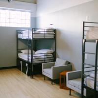 6 Bed Mixed Gender Dorm