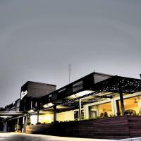 Hotel Pictures: Hotel Gracelands, Parkes