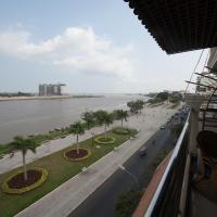 Superior Riverview Suite with Balcony-Unit 1.