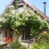Hotel Pictures: Maes yr Helmau Cottages, Dolgellau
