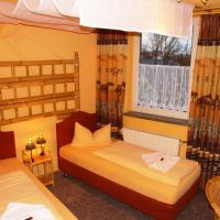 Double Room with shower/toilet