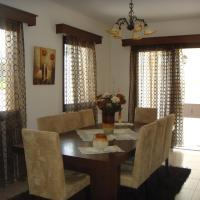 Hotel Pictures: Santa Anna Villa 1, Tsadha