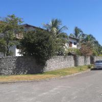 Hotel Pictures: Pousada em Familia, Itaipu