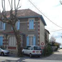 Hotel Pictures: Les Flots Bleus, Andernos-les-Bains