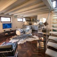 One-Bedroom Apartment - Split Level - Arena Deluxe