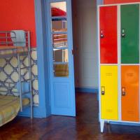 Private Room for 6 Persons with Bunkbeds Shared Bathroom