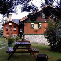 Hotel Pictures: Niu Dels Falcons, La Molina