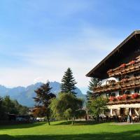 Hotel Pictures: Kaiserhotel Kitzbühler Alpen, Oberndorf in Tirol
