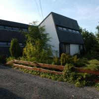 Hotel Pictures: Holiday Home De Koperwiek, Gouvy