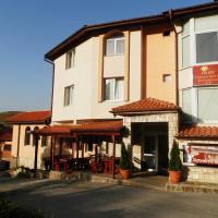 Hotelbilleder: Family Hotel Daisy, Borino