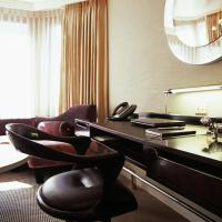 London Two-Bedroom Suite