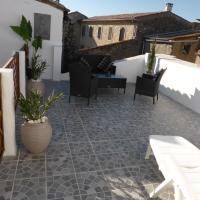 Hotel Pictures: L'Occitan, Villeneuve-Minervois