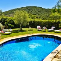 Hotel Pictures: Masia Rural Cal Simó, Canyelles