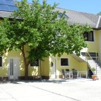 Hotel Pictures: Peterseil's Radl Zimmer, Mauthausen