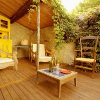 Hotel Pictures: La Vigne Bleue, Olonzac