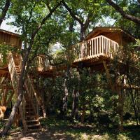 Quadruple Tree Lodge