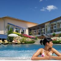 Hotel Pictures: Vitalhotel Quellengarten, Lingenau