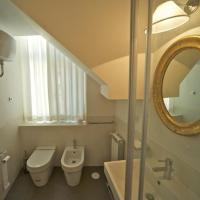Four-Bedroom Apartment - Split Level - 4 Lungotevere dei Tebaldi