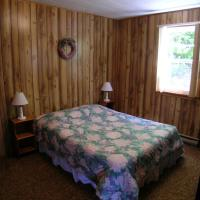 Hotel Pictures: Tornado's Cottages, Port Loring
