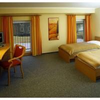 Hotel Pictures: Landhof Arche - Das Tagungs- und Familienhotel, Groß Pinnow