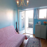 Hotel Pictures: Quillan Private Room, Quillan